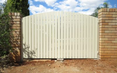 New Timber Gates