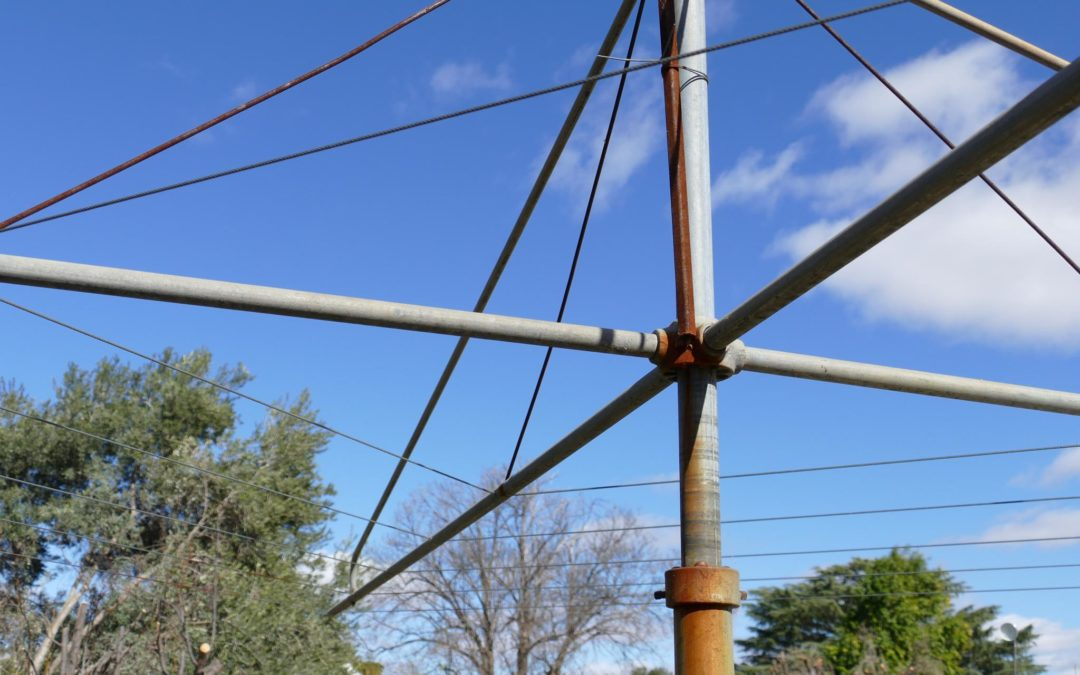 Clothesline Repairs: The Good Old Hills Hoist